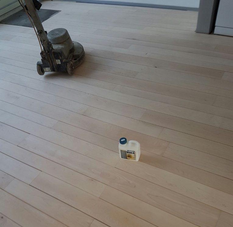grenen-vloer-schuren-1